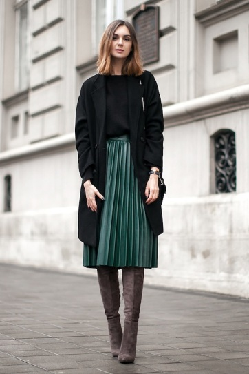 Le-Fashion-Blog-Blogger-Style-Black-Longline-Coat-Sweater-Green-Midi-Pleated-Skirt-Over-The-Knee-Suede-Boots-Via-Fashion-Agency-1